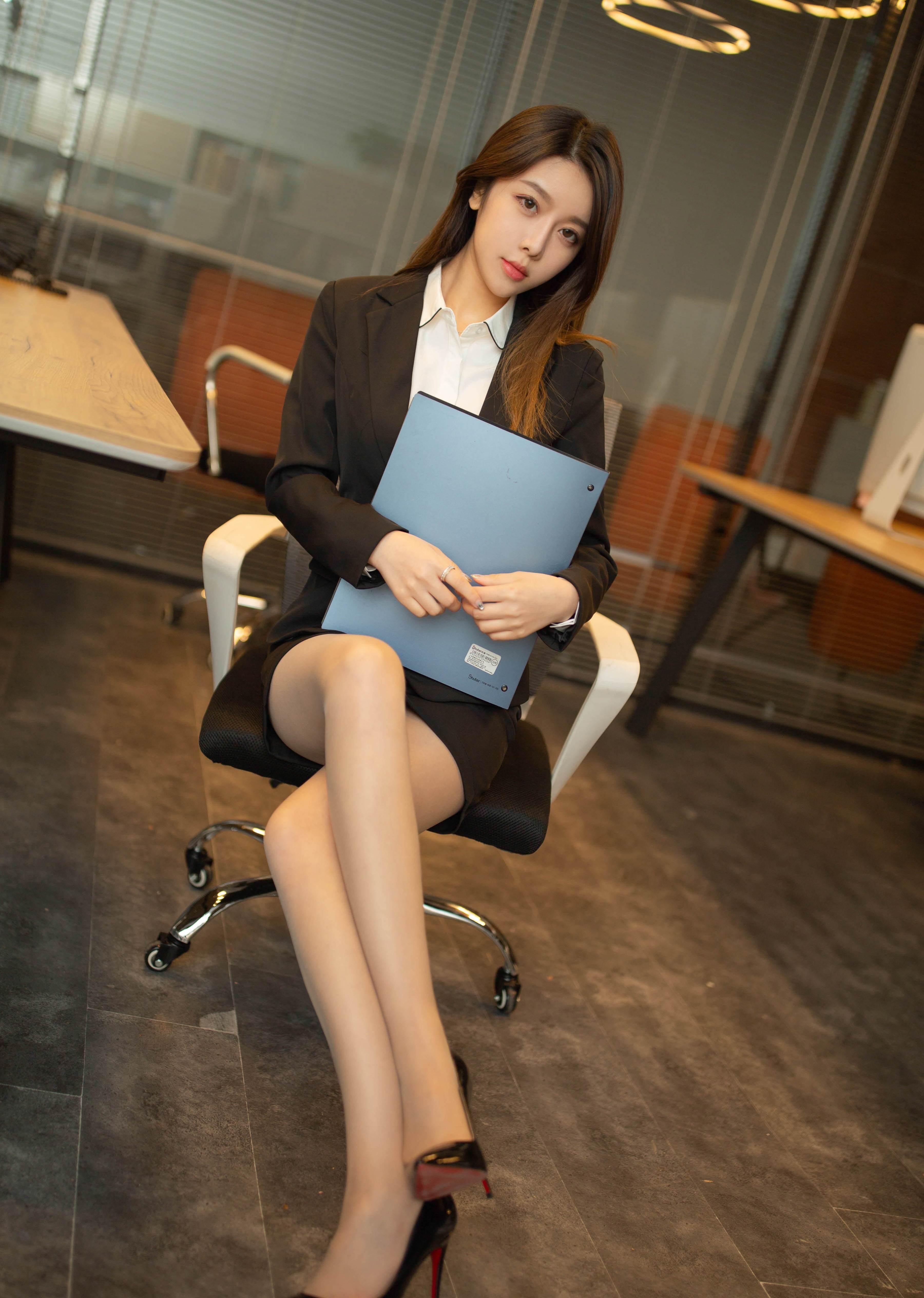 第3期.变身办公室OL女郎夏诗诗Sally_图片2