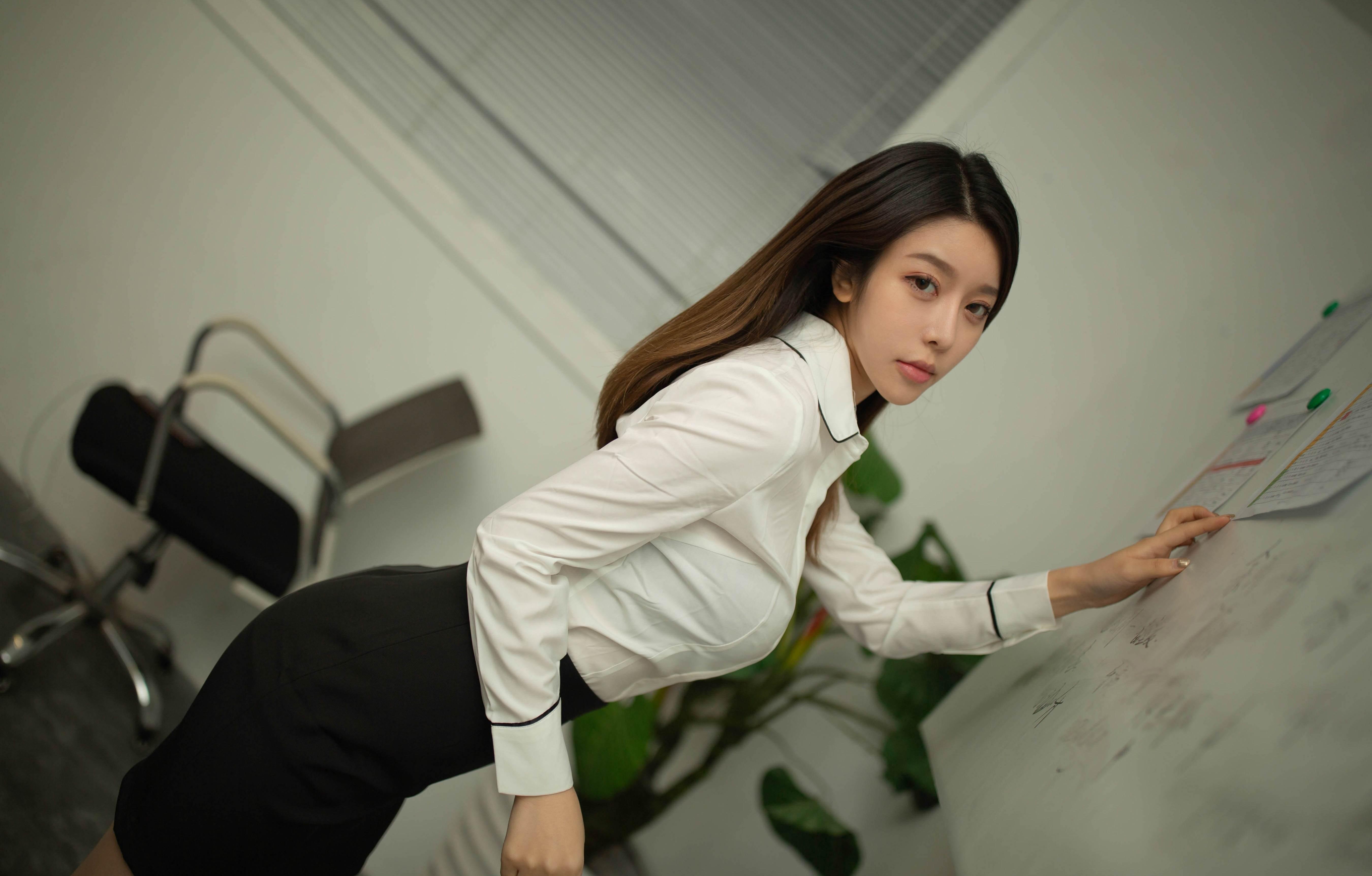第3期.变身办公室OL女郎夏诗诗Sally_图片6