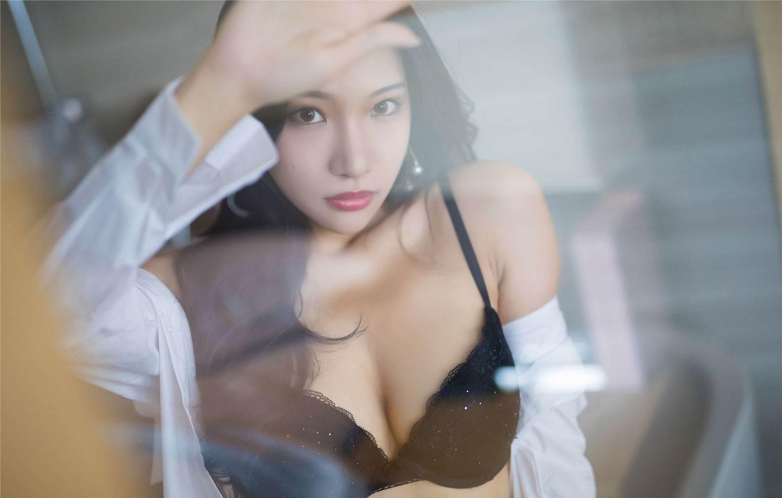第120期性感女仆装小狐狸(蕾丝女仆装)_图片1