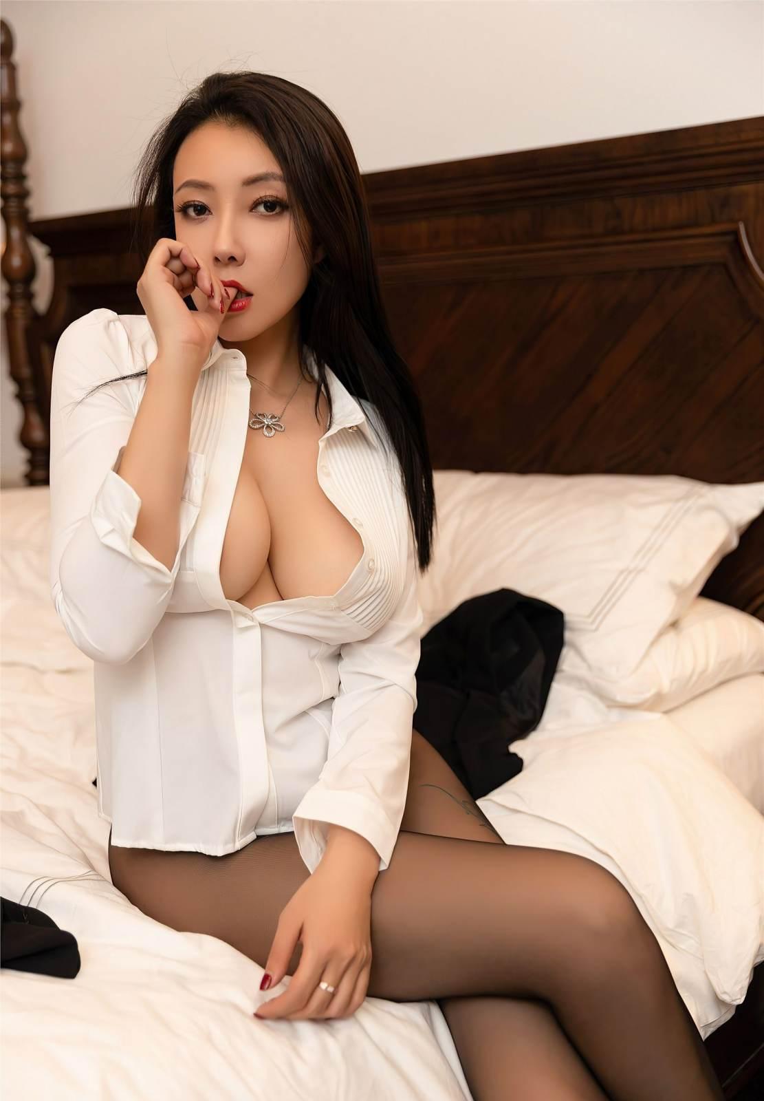 第141期性感职业装果儿(丝袜,高跟,西装)_图片4