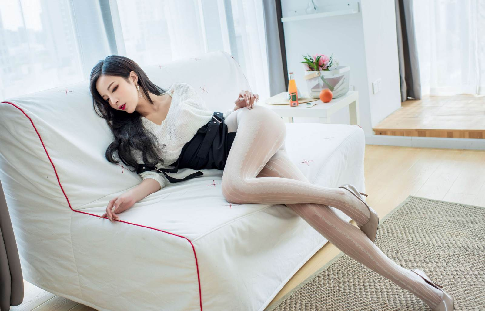 第168期刚失恋的小姐姐陈小喵(丝袜,高跟)_图片1