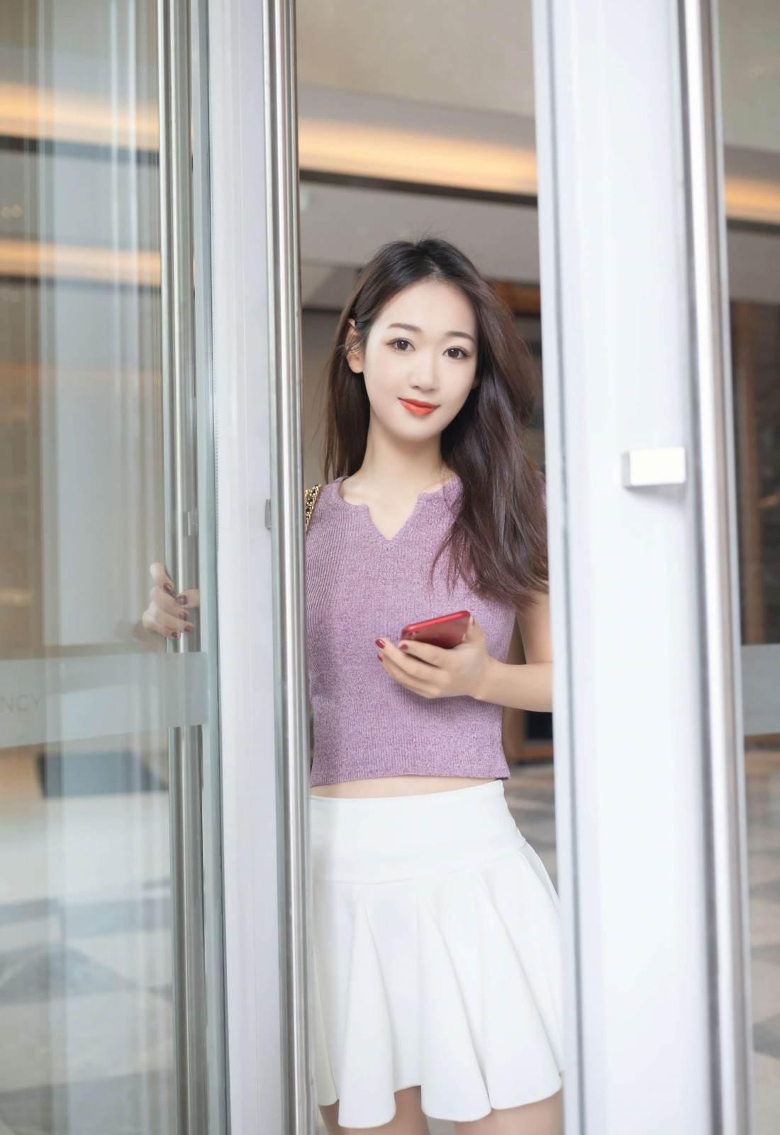 第170期充满活力的妹子唐安琪(jk裙,露脐装,高跟,肉丝)_图片1