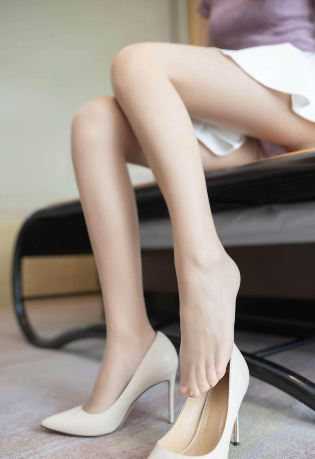 第170期充满活力的妹子唐安琪(jk裙,露脐装,高跟,肉丝)_图片6