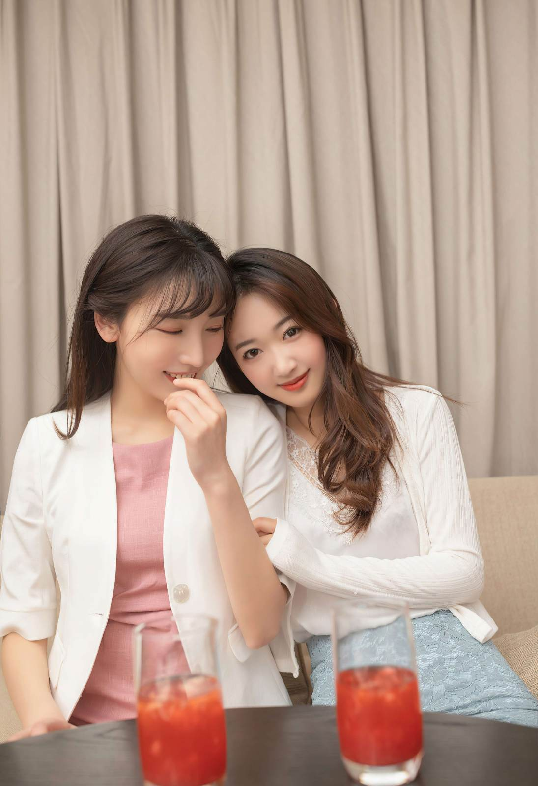 第171期美丽姐妹花陆萱萱唐安琪(高跟,丝袜)_图片1