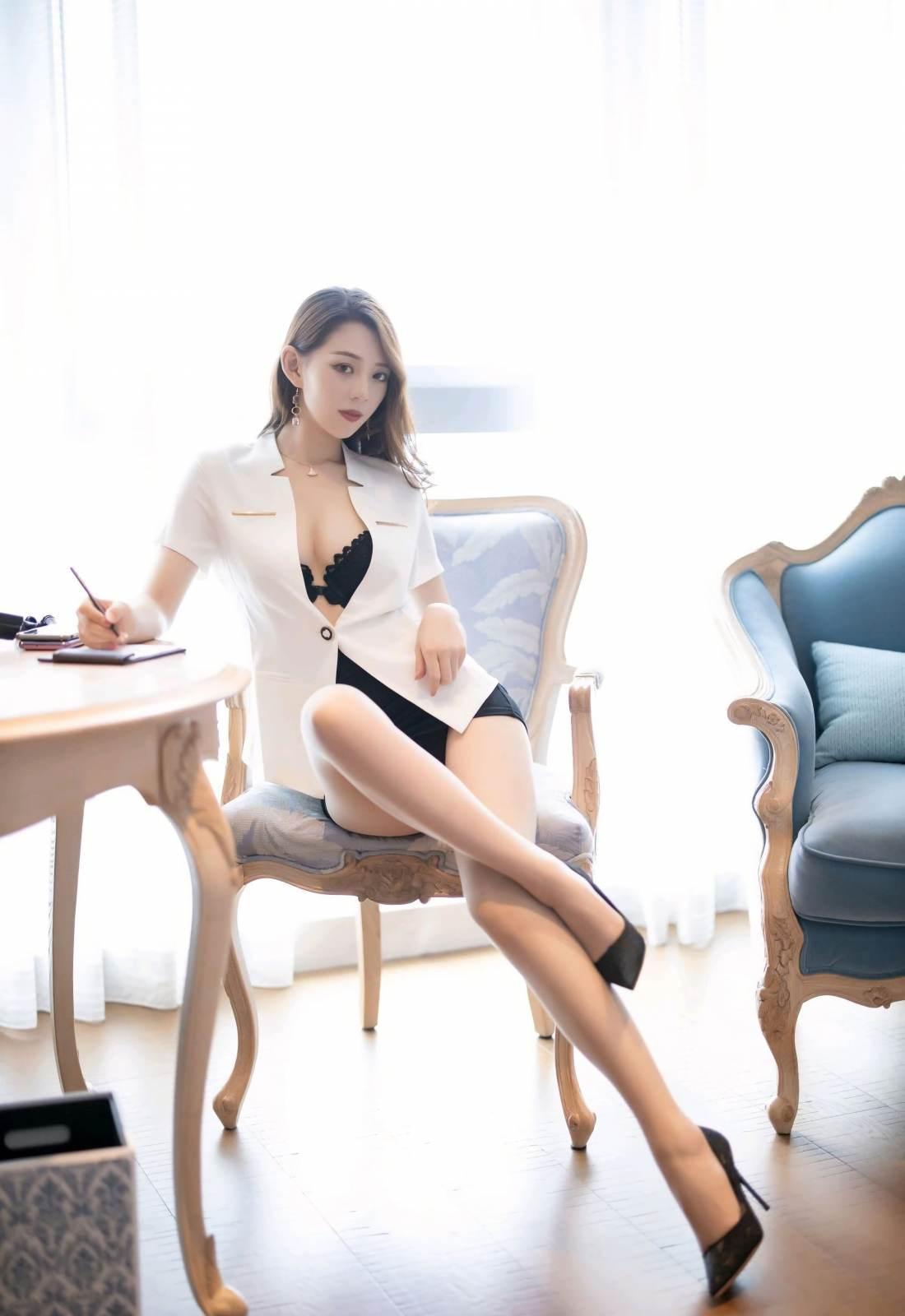 第181期言沫(西装,短裙,丝袜,高跟)_图片5