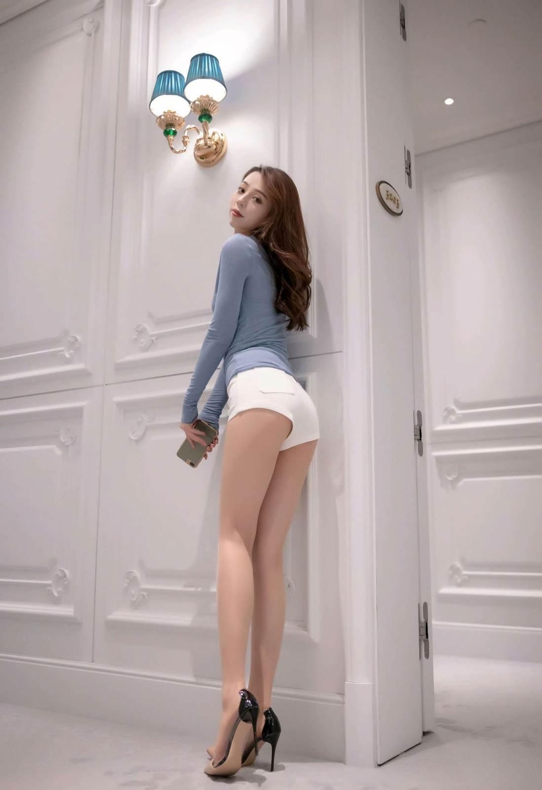 第197期仙姿佚貌言沫(高跟,大长腿,超短裤)_图片3