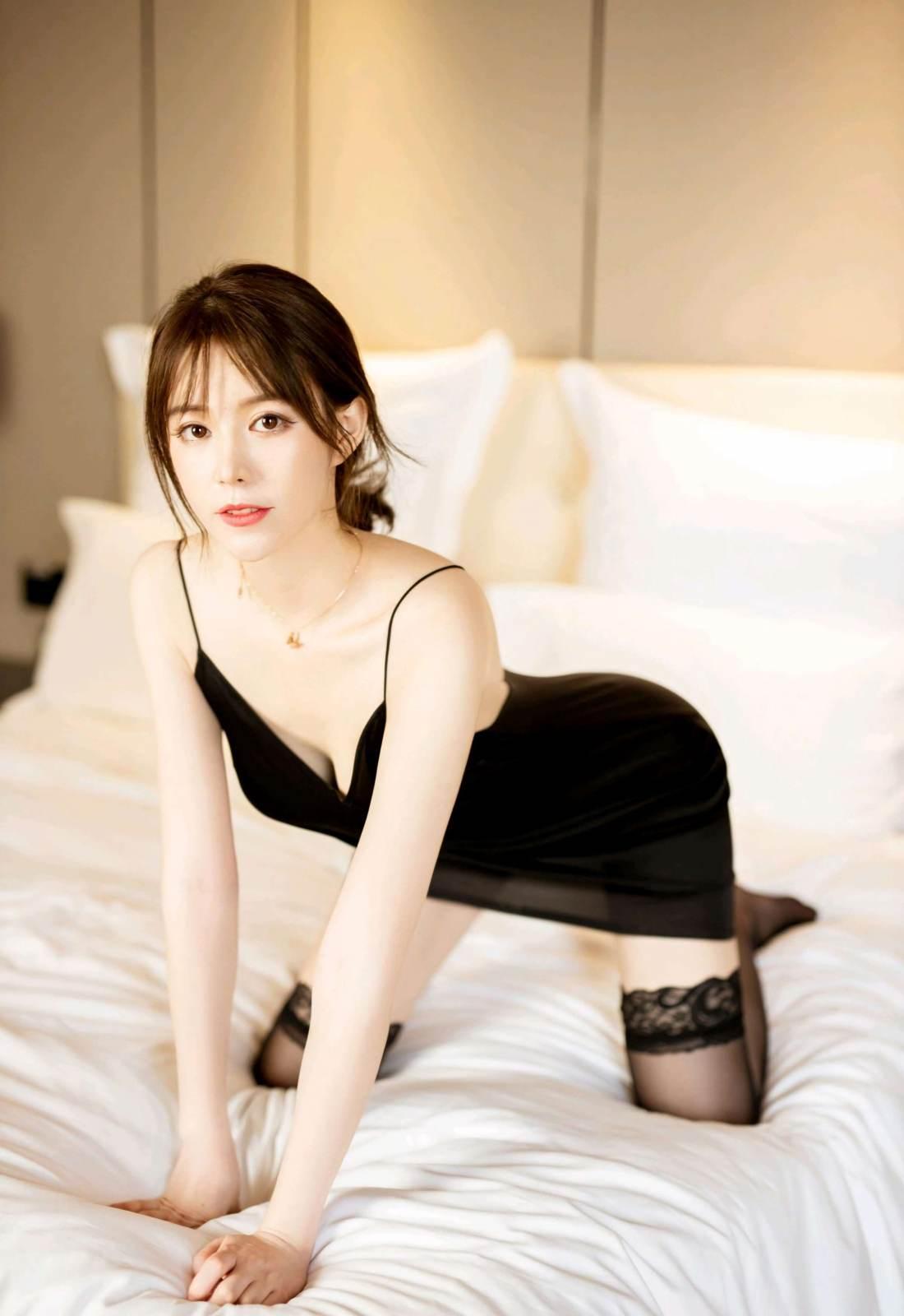 第201期千娇百媚优优(睡袍,黑丝,丝袜,性感,妩媚)_图片3