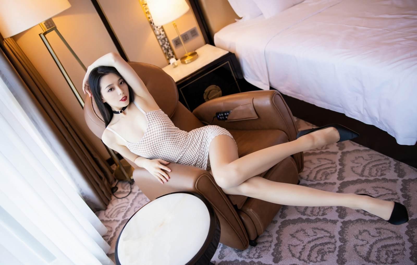 第227期婀娜多姿如柳叶言沫(高跟,连衣裙,丝袜,肉丝,大长腿)_图片1