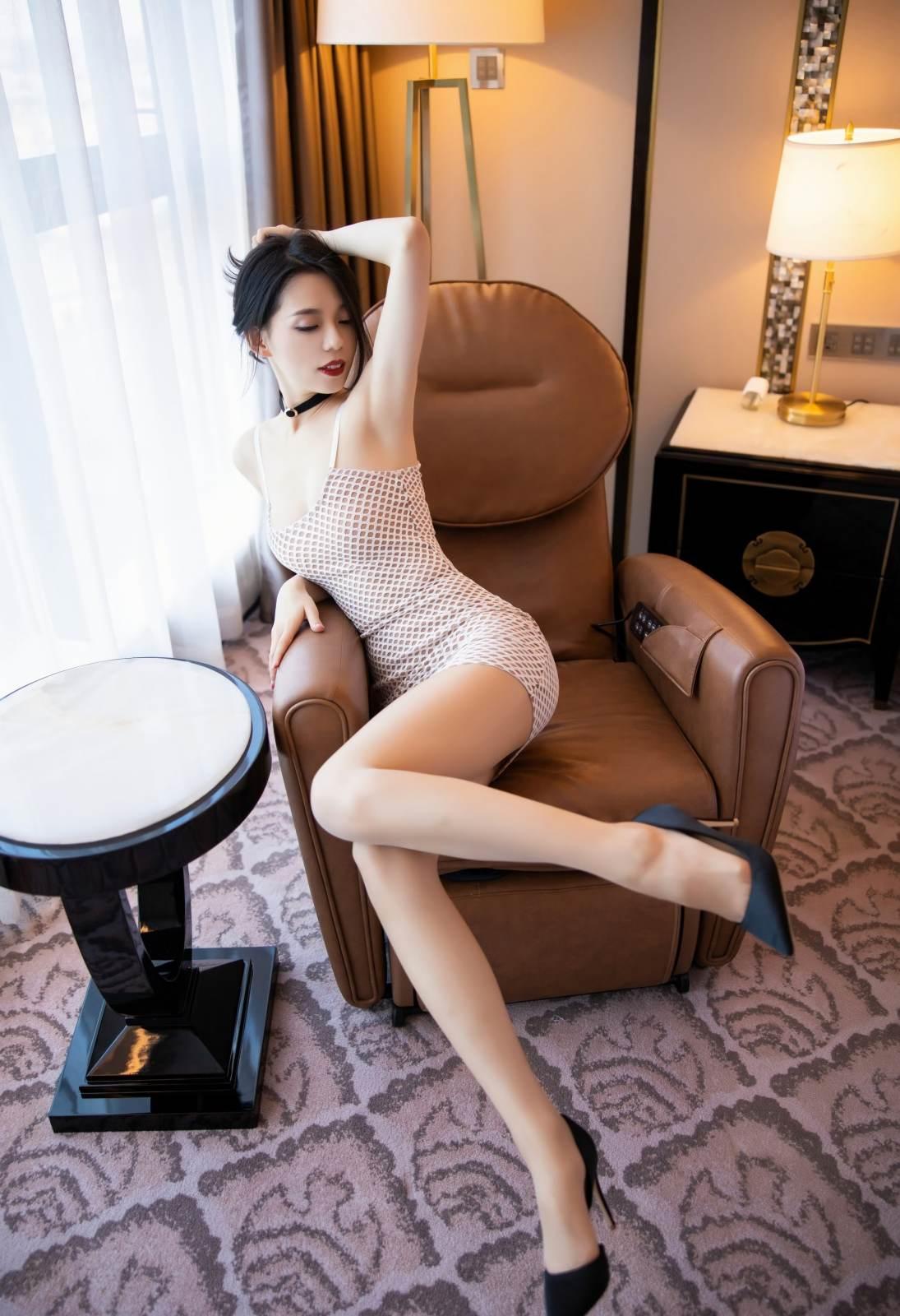 第227期婀娜多姿如柳叶言沫(高跟,连衣裙,丝袜,肉丝,大长腿)_图片5