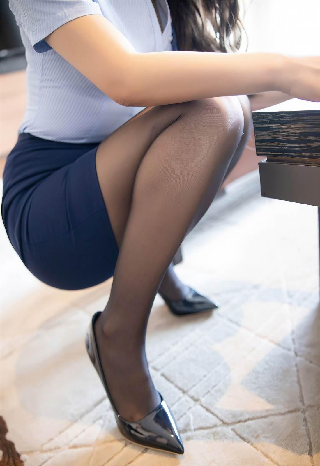 第302期细润如脂,粉光若腻。徐安安(高跟,制服,丝袜,黑丝,大长腿)_图片6