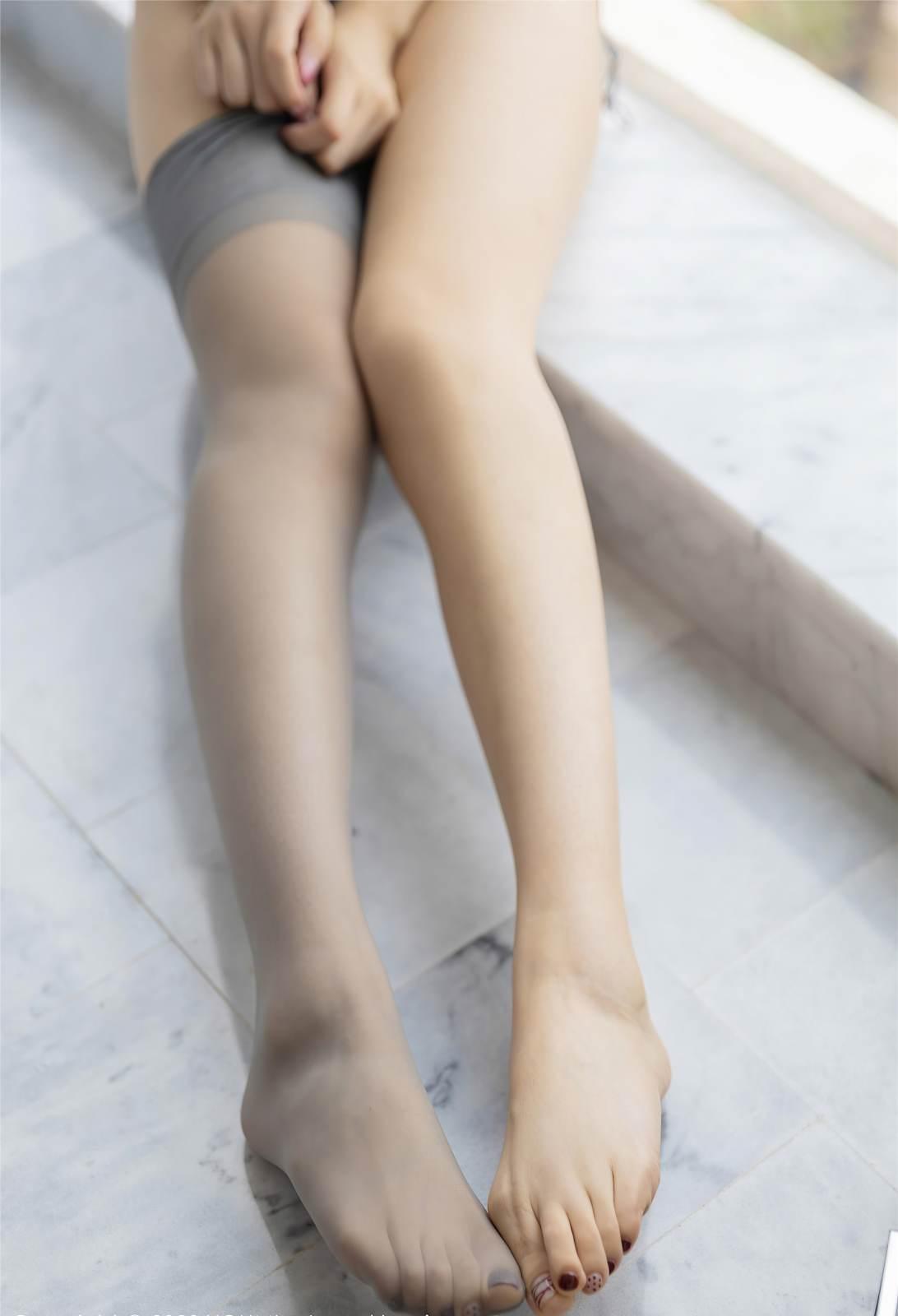 第305期丽质仙娥生月殿。小热巴(情趣套装,灰丝,丝袜,泳衣,大长腿,丝足)_图片4