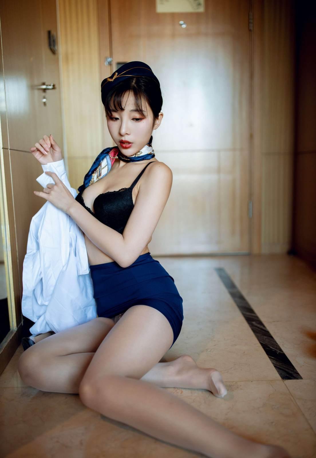 第354期惠质兰心陈小喵(空姐制服,肉丝,高跟,高颜值,美腿)_图片4